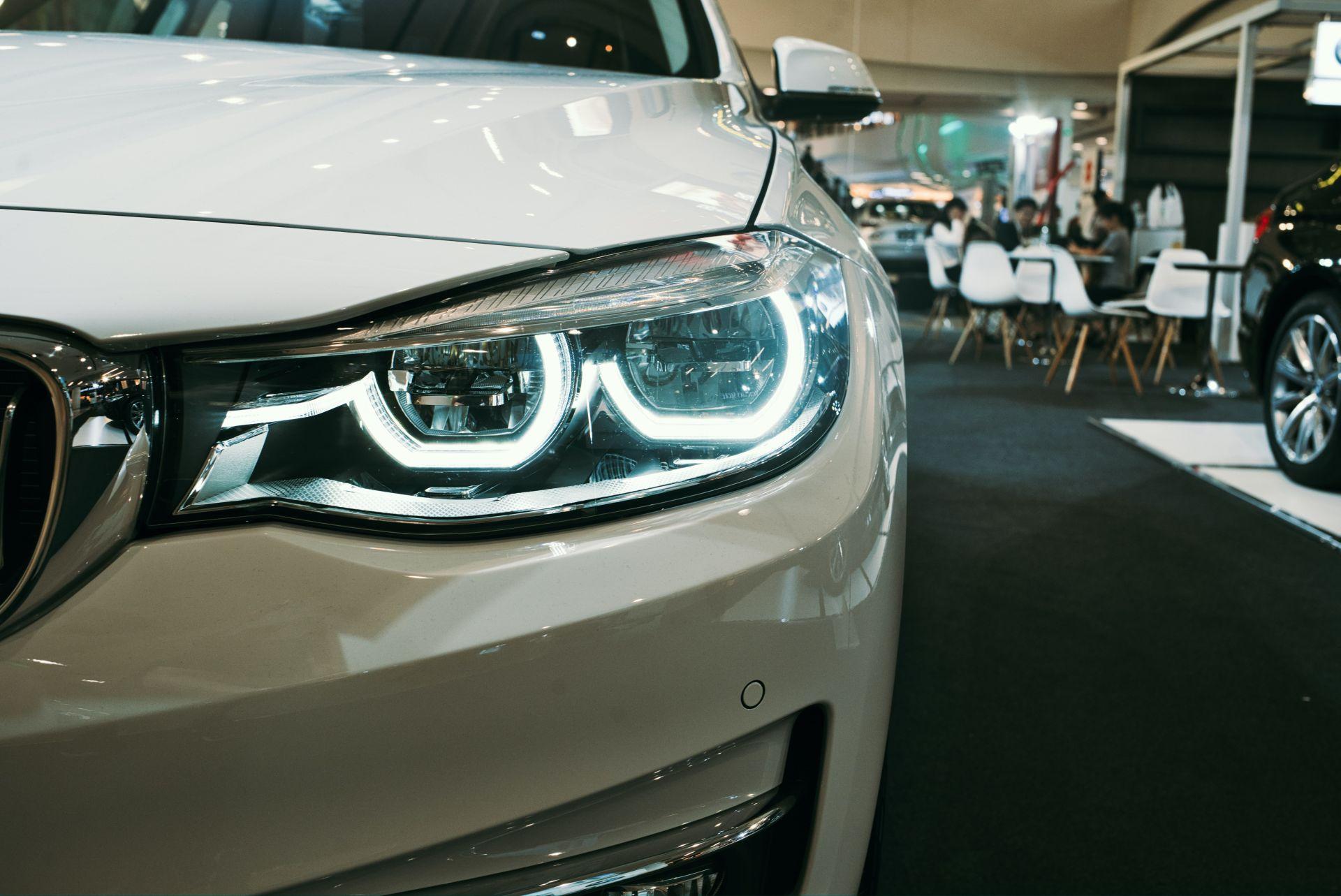 Zakaj se odločiti za poliranje avtomobila?